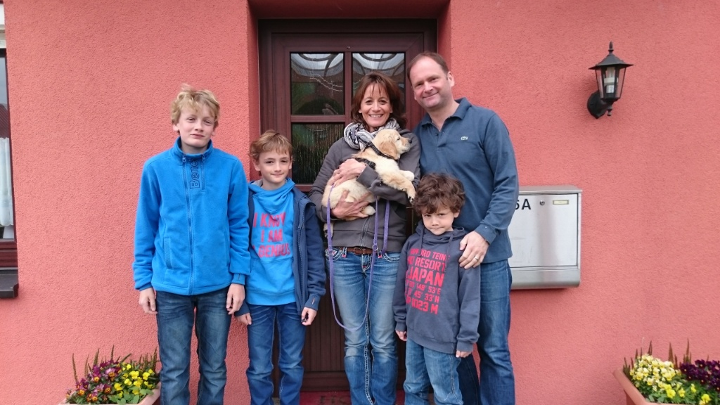 Gerthie mit ihrer Familie